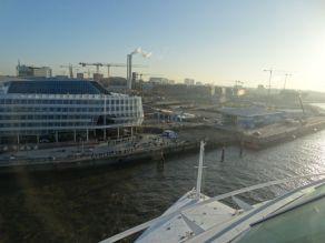 AIDAprima Hamburg