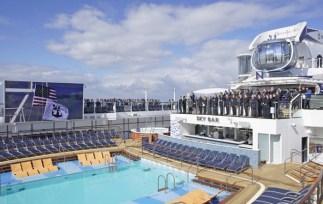 Overdracht Ovation of the Seas