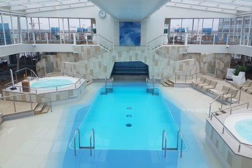 Innen Pool (Binnen zwembad)