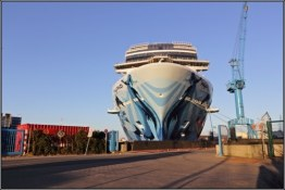 02-norwegian-bliss-in-papenburg-bow