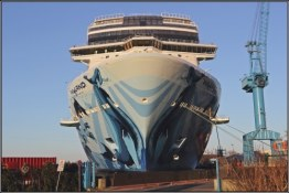 07-bow-of-norwegian-bliss-in-papenburg