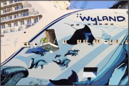 08-hull-art-of-norwegian-bliss-in-papenburg