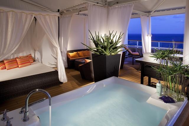 Spa Villa - Deck 10 Aft Seabourn Odyssey - Seabourn Cruise Line