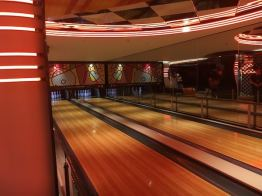 mscseaview_bowling