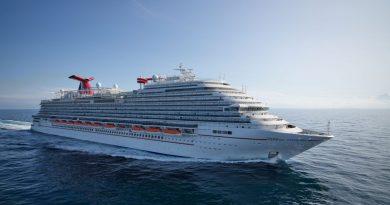 Succesvolle zeetesten Carnival Panorama in Adriatische Zee