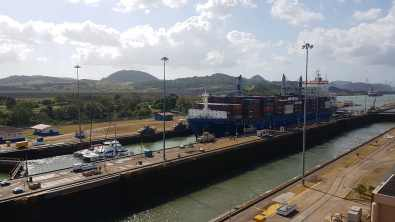 2 Miraflores locks (2)