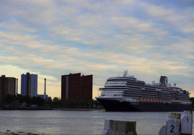 Waar zijn de Holland America Line schepen momenteel?