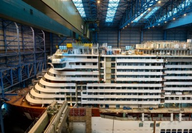 Brug blok AIDAcosma geplaatst bij Meyer Werft