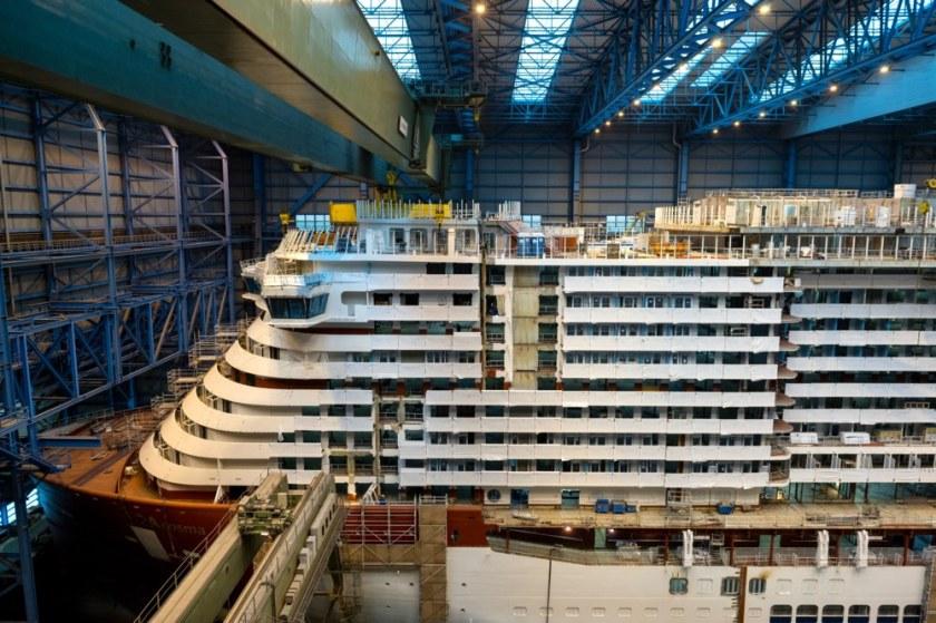 Brug blok AIDAcosma geplaatst bij Meyer Werft   Cruisereiziger