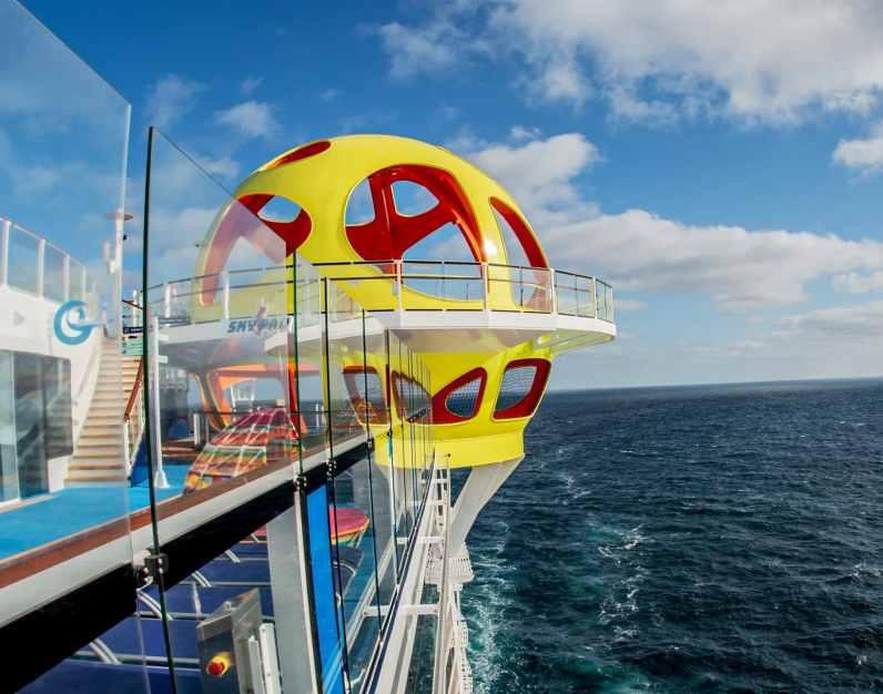 Bungee trampoline Skypad op Odyssey of the Seas