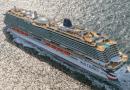 Cruiseschepen Iona en Eurodam onderweg naar Nederland