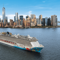 Norwegian Cruise Line, Oceania y Regent, extienden la paralización de cruceros hasta el 10 de mayo