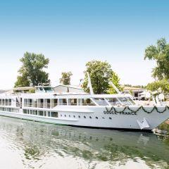 CroisiEurope inaugura el Douce France II, su nuevo barco de 5 anclas
