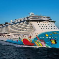 """Norwegian Cruise Line ofrece a sus clientes en Europa aún más opciones de servicios con su programa """"Free At Sea"""""""