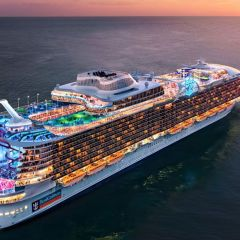 "Royal Caribbean Group extiende su política ""Cruise with Confidence"" hasta abril de 2022"