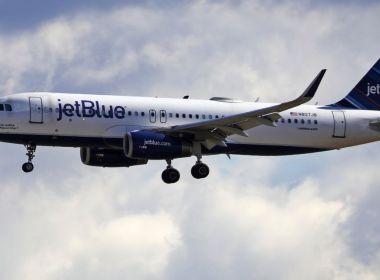 """Goldman Sachs réduit les notes sur American et JetBlue, mais dit que c'est toujours """"positif"""" sur les compagnies aériennes"""