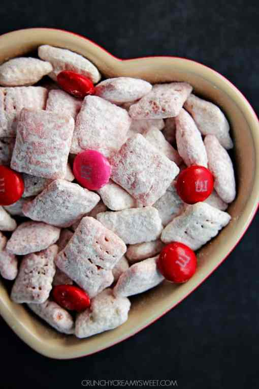 White Chocolate Strawberry Valentines Day Puppy Chow