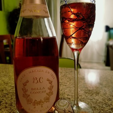 Bella Conchi Brut Rosé is a Cava from Spain.