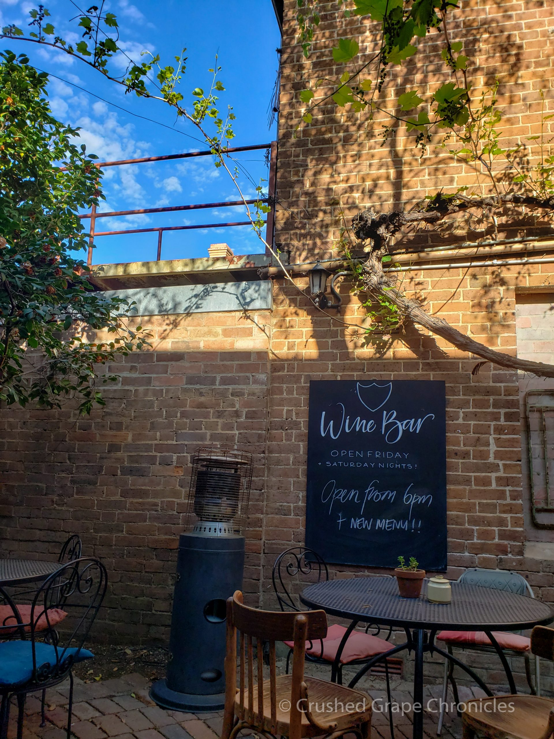 In addition to great breakfast, in the evening Alby + Esther's becomes a relaxing wine bar