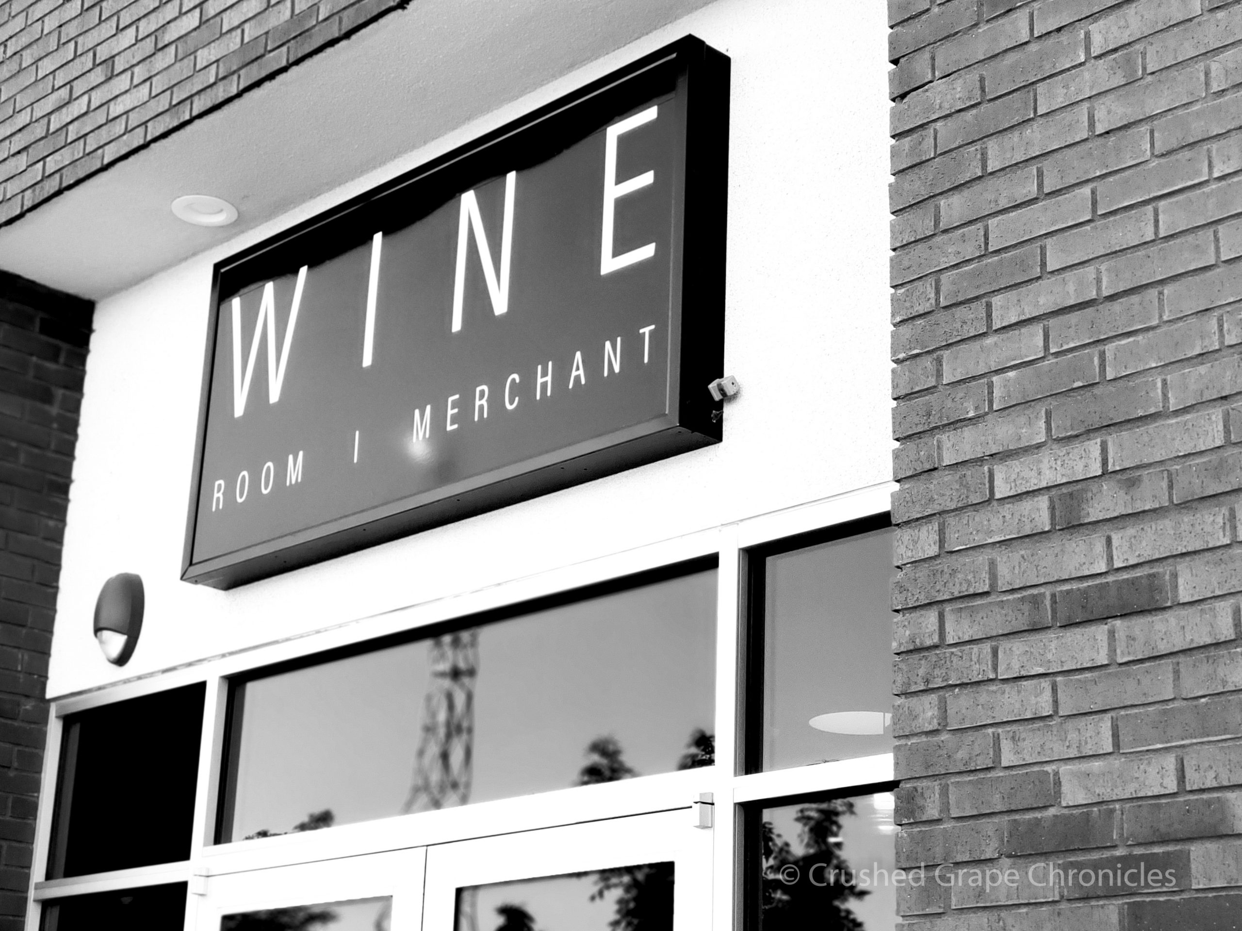 Garagiste LV Wine Bar does wine sales by the bottle for pickup