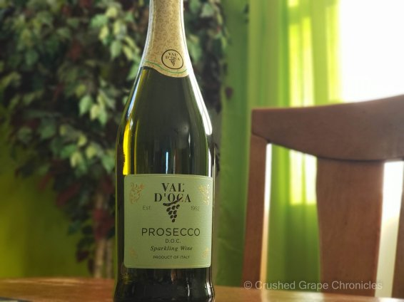 Val d'Oca Prosecco horizontal bottle shot