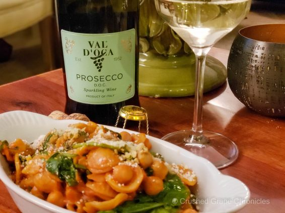 Prosecco from Val d'Oca with Roman orecchiette and chickpeas with spinach