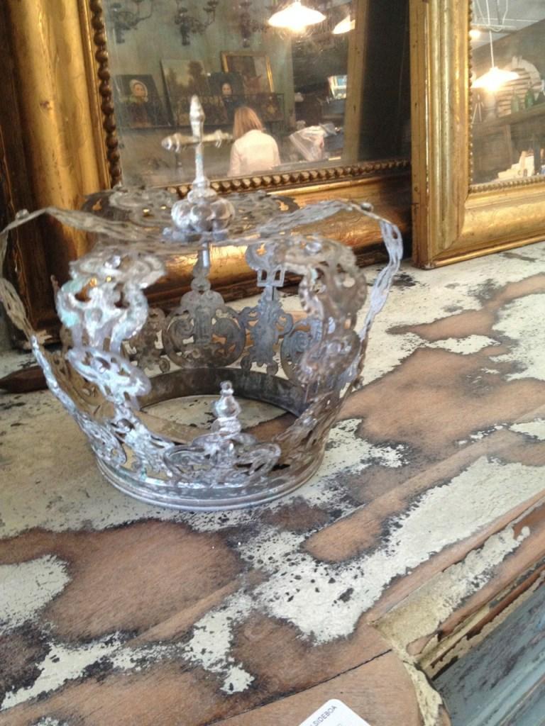 Old World Antieks Crown | La Grange