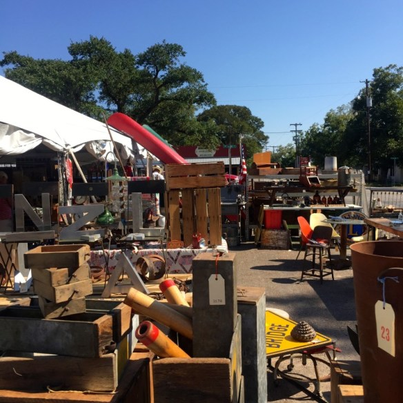 Antiques on the Square in Fayetteville: The Approach