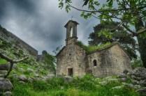 Capela Abandonada em Kotor