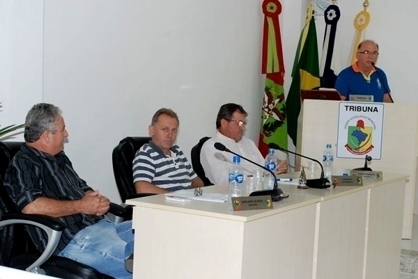 Prefeito de Ilhota propõe veto a lei antinepotismo
