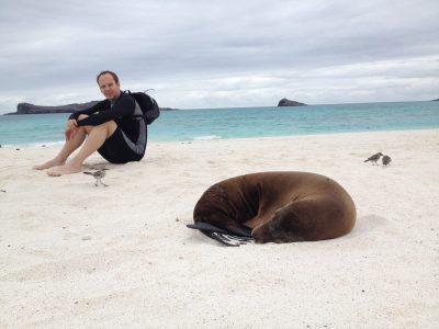 Gene Sloan nas Ilhas Galápagos