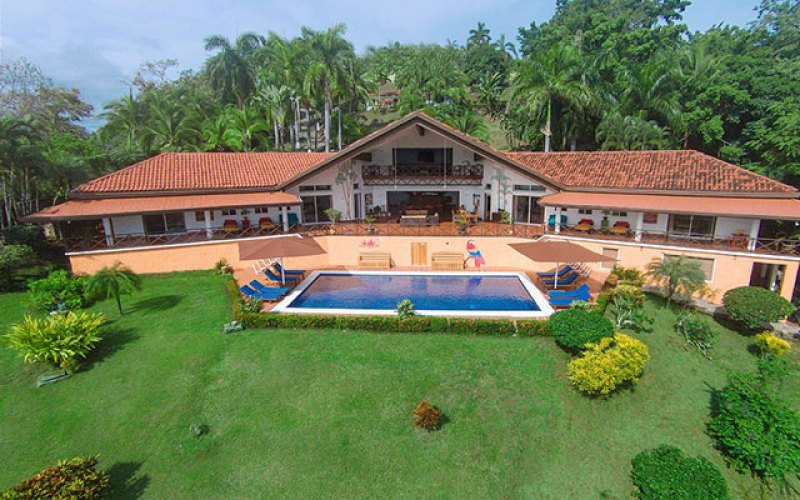 Manuel Antonio Vacation Rental VP Private Resort house, pool and garden