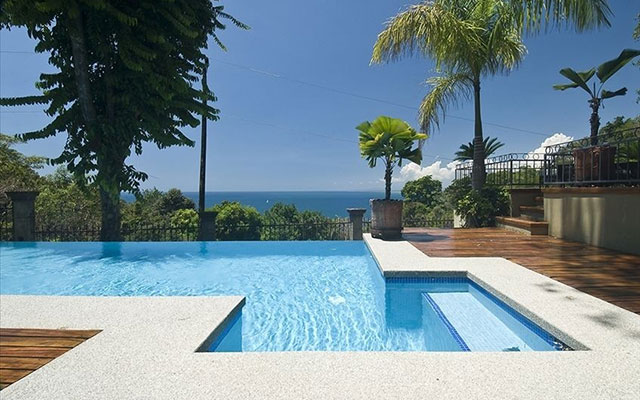 Manuel Antonio Villas: Casa Carolina pool view
