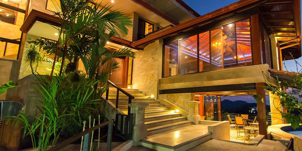 Villa Celaje Estate