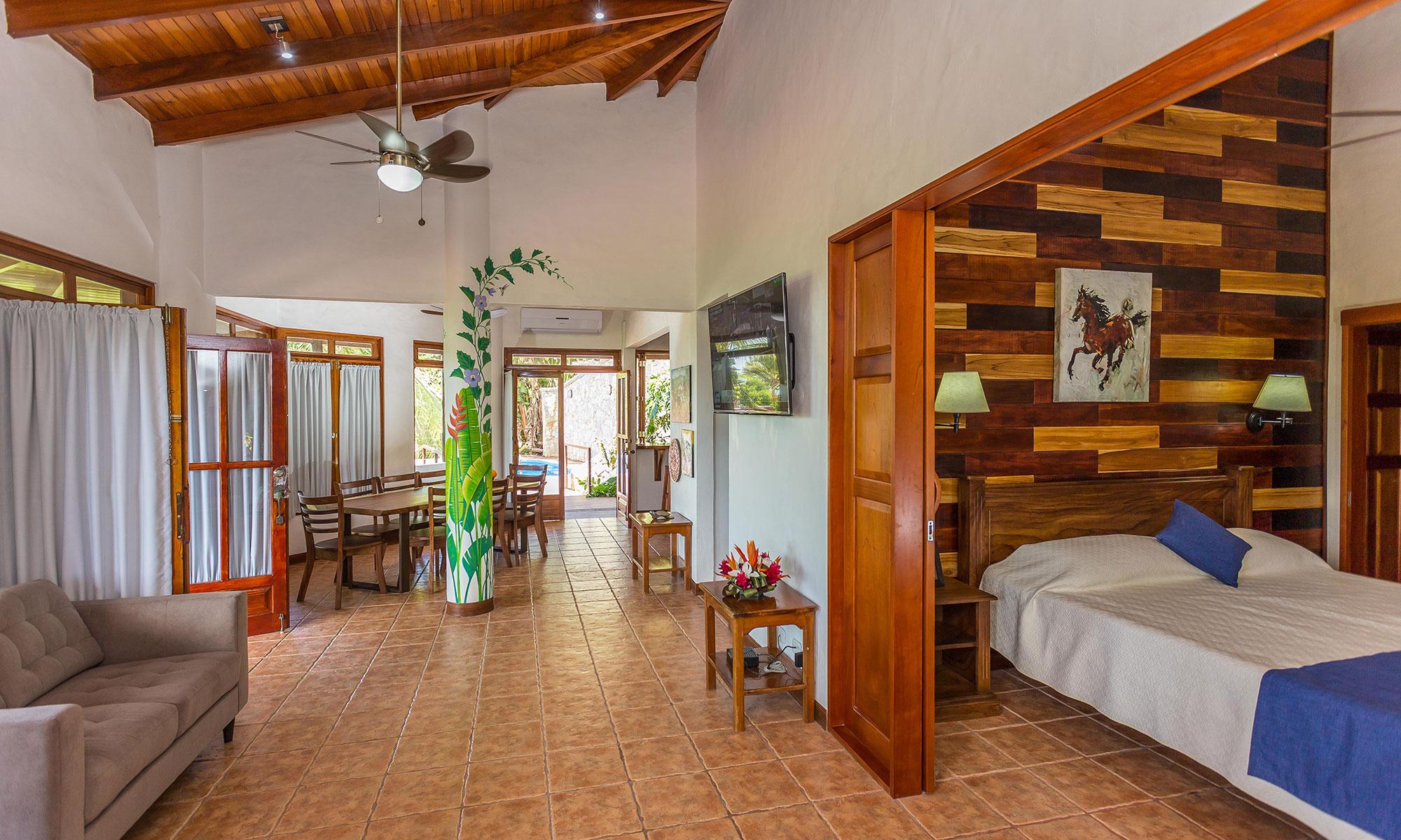 Villa Natura bedroom and dining room