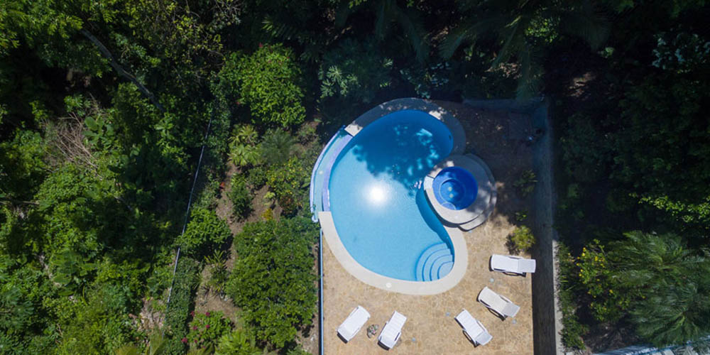 Villa Caimito aerial of pool