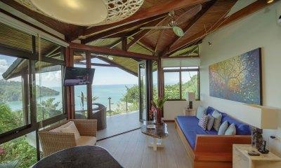 Sunset Hideaway Villa sitting room1