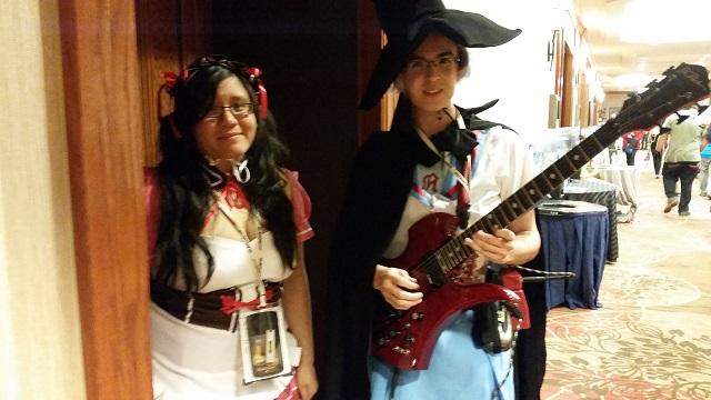 AnimeFest_2014-Day_2-Mikuru_Asahina_and_Yuki_Nagato-The_Melancholy_of_Haruhi_Suzumiya_Small