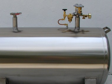 top mounted cryo tank plumbing