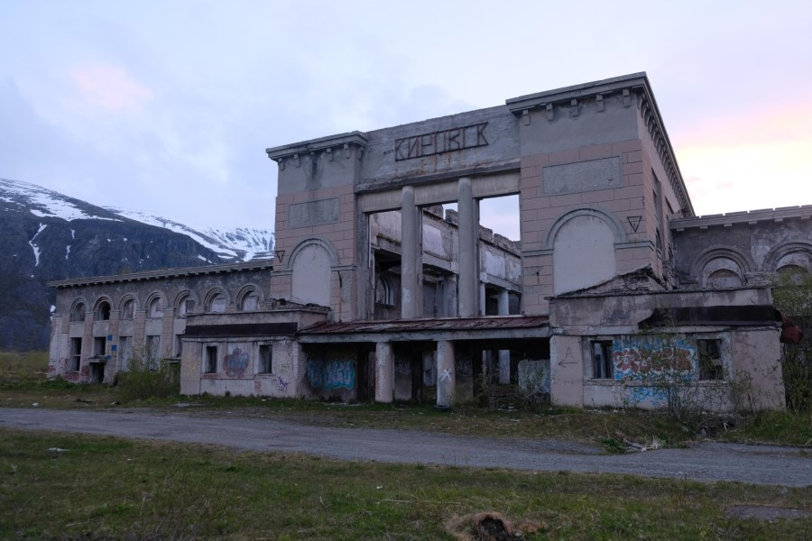 The abandoned railway station in Kirovsk.