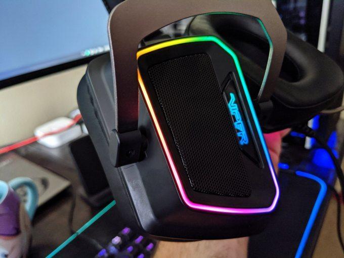 Gaming Headset Patriot Viper V380 Review RGB