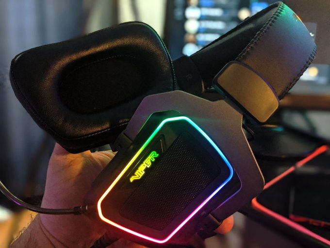 Gaming Headset Patriot Viper V380 Review headset