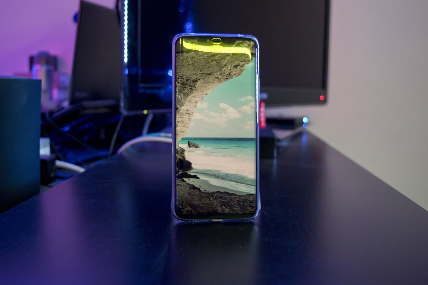 Huawei Mate 20 Pro review by Martin Guay