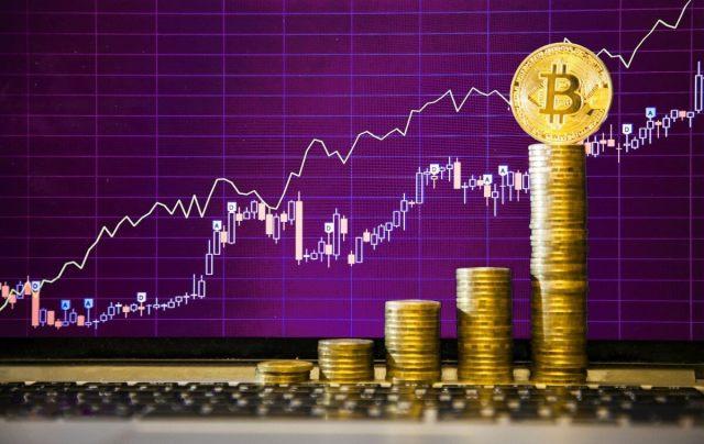 ثلاث استراتيجيات لتجارة العملات الرقمية المشفرة و تحسين دخلك الحالي