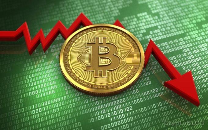 Впервые с сентября 2017 курс Bitcoin просел ниже $3900