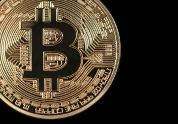 Is Bitcoin Market Maturing over the Last Months?
