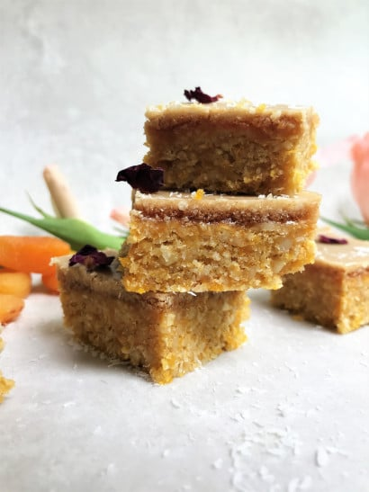 Ginger and Apricot crunch bars 2