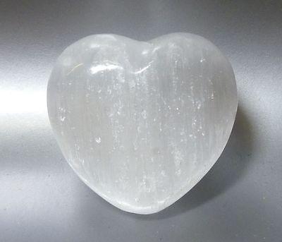 https://www.crystalheartpsychics.com/wp-content/uploads/2017/02/selenite-crystal-heart-psychics.jpg