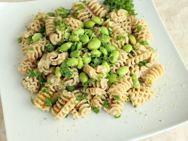 Edamame and Parsley Pasta