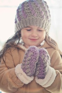 Isabella Mittens by Crystalized Designs